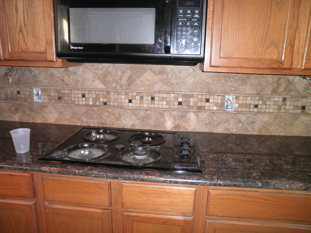 Granite Countertops & Vanities traditional kitchen