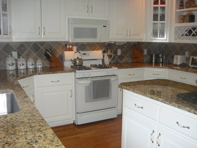 Granite Or Stainless Steel Sink : Granite Countertops, Tile Backsplash, Stainless Steel Sinks kitchen