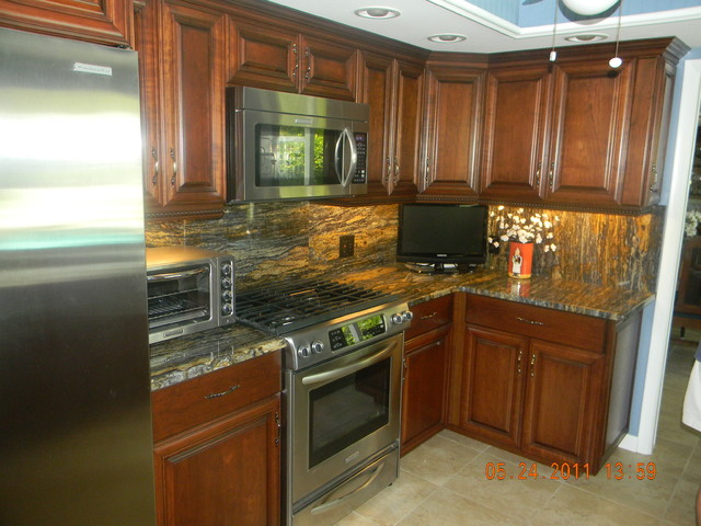 granite kitchen tropical-kitchen