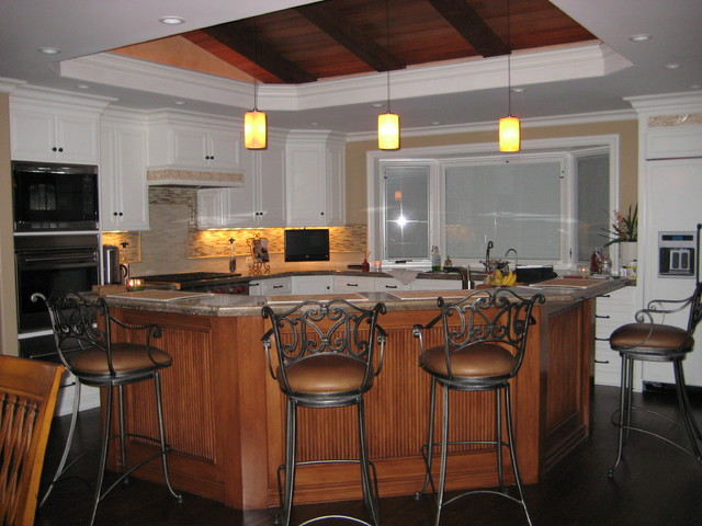 kitchen cabinets vaulted ceiling granite painted cabinets with stained island vaulted 6439