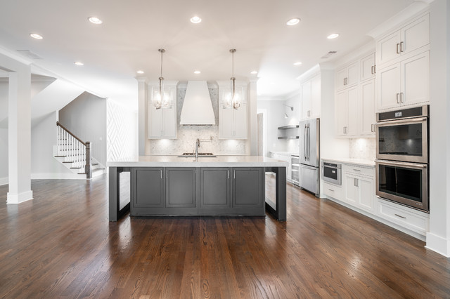Example of a trendy kitchen design in Atlanta