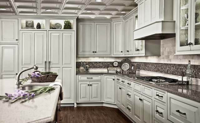 Attractive Gray Painted Traditional Kitchen Traditional Kitchen Good Looking