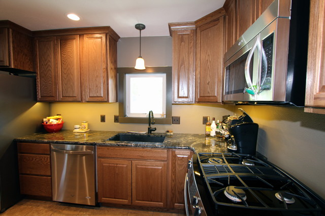 Great Bachelor Pad Remake - Transitional - Kitchen - Omaha - by Merritt's Quality Cabinets