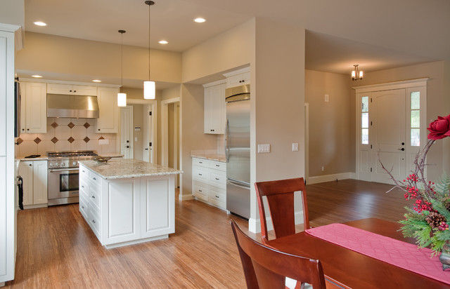 Great room kitchen entry traditional kitchen seattle for Traditional home great kitchens