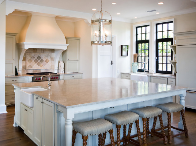 Great Room - Kitchen traditional-kitchen
