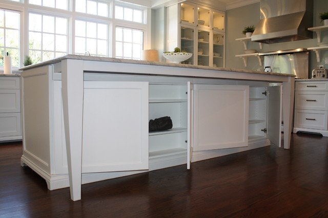 Great use of space in kitchen! - Eclectic - Kitchen - Charlotte - by Hardwood Creations