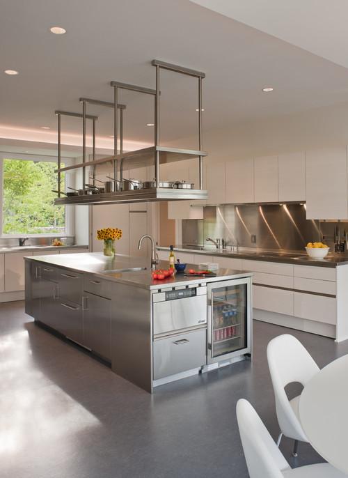 Проект хромированной кухни