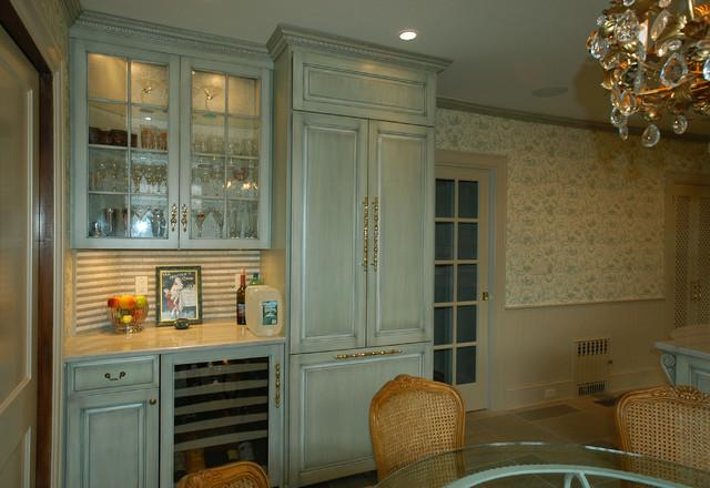 Green Kitchen traditional-kitchen