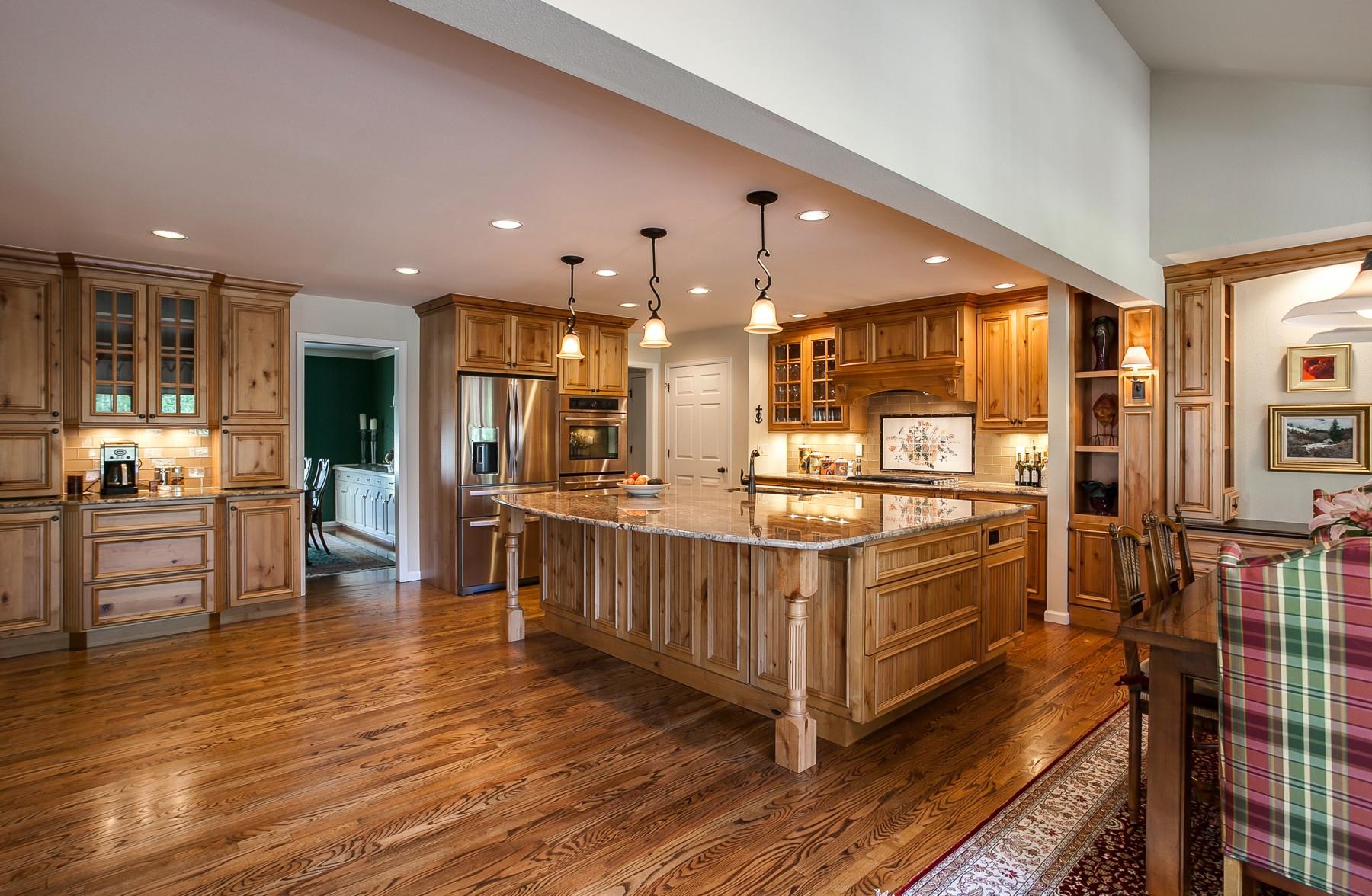 Green Oaks Kitchen