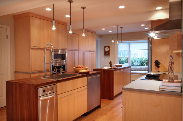 Greenwich, CT Residence contemporary-kitchen