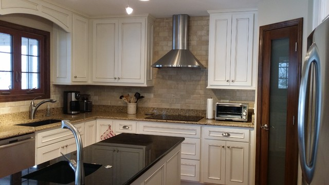 Greenwood Kitchen Traditional Kitchen Indianapolis By Distinctive Kitchen And Bath Inc