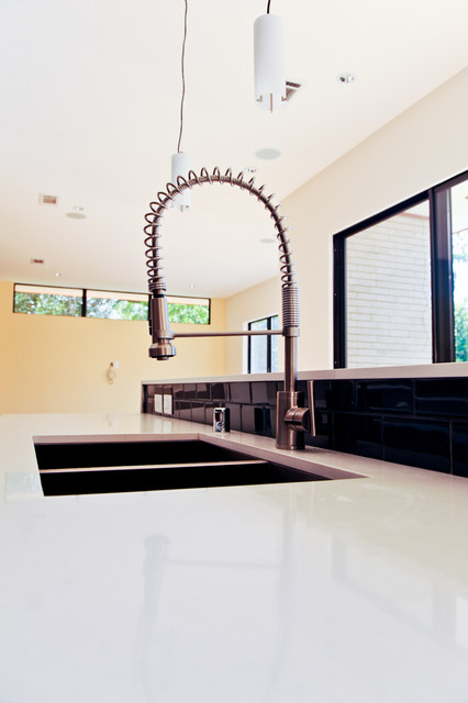 Greico Modern Homes - Sleepy Lane Project - Dallas modern-kitchen