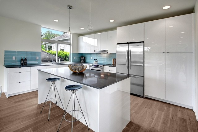 Grey And White Wash   Cartwheel Modern Kitchen