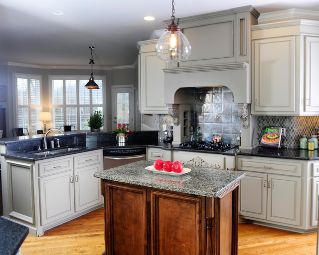 Grey Painted Kitchen Cabinets Traditional Kitchen Nashville By Bella