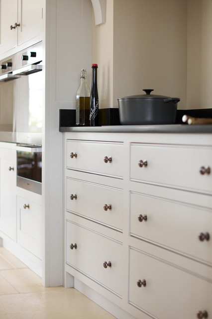 Guild Anderson Modern Shaker Kitchen Farmhouse Kitchen Wiltshire By Guild Anderson