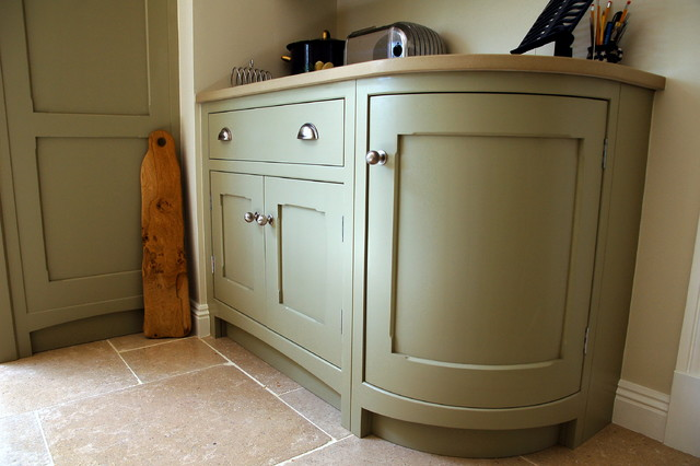 Guild Anderson Shaker Kitchen With Corner Cupboards