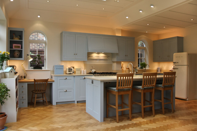 Gunn for New england style kitchen