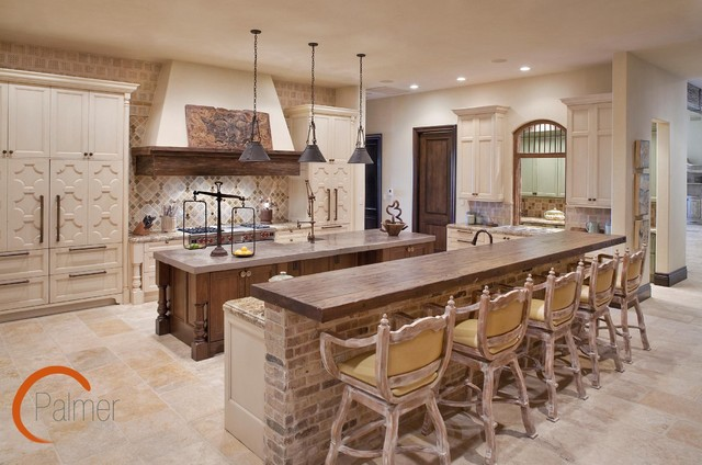 traditional kitchen by Palmer Todd