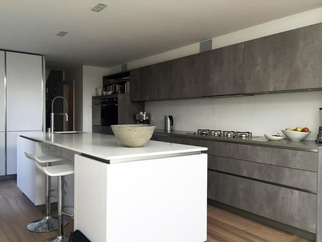 Hacker German Kitchen - Concrete & Polar White - Streatham