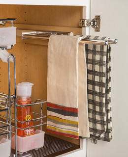 Häfele Cabinet Storage - Towel Rack コンテンポラリー-キッチン