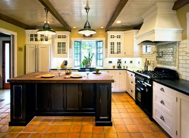 Hahka Happy Cottage Kitchen Beach Style Kitchen Santa Barbara