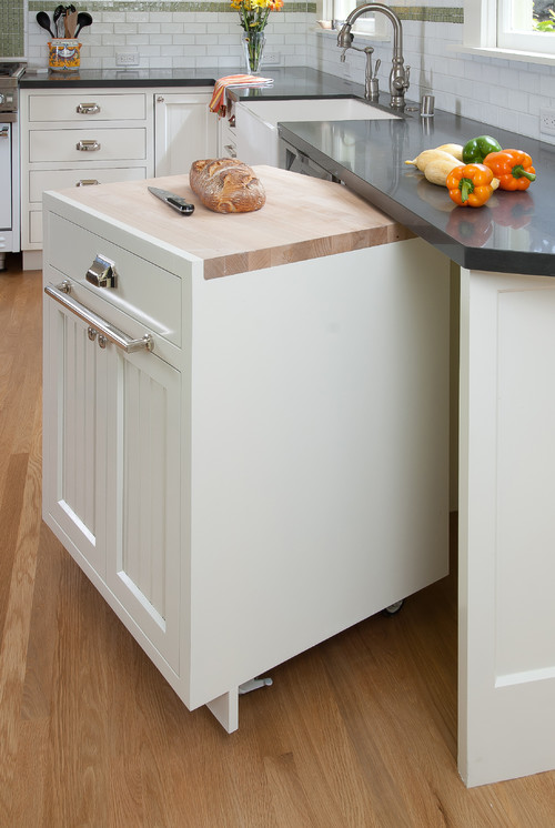 5 space saving kitchen storage ideas modernize for Kitchen units on wheels