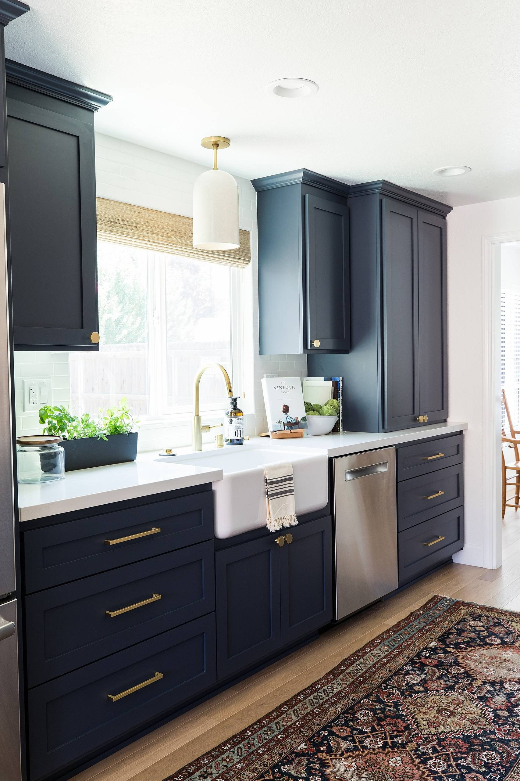 75 Beautiful Kitchen With Black Cabinets Pictures Ideas October 2020 Houzz