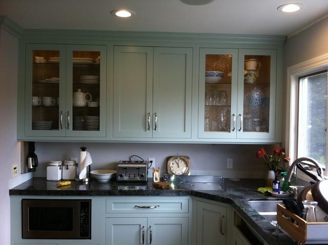 Half Moon Bay traditional-kitchen