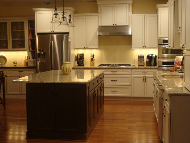 Hall Kitchen Remodel traditional-kitchen