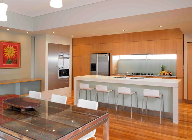 Hamilton 1 Contemporary Kitchen Brisbane By NICOLE WESTON ARCHITECT