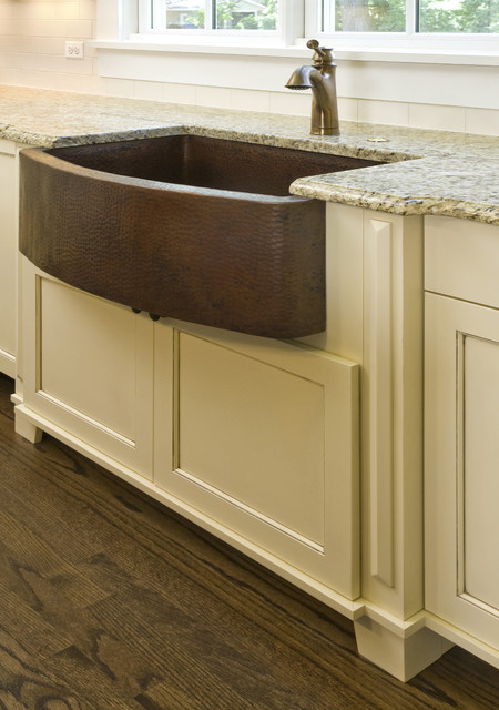 Hammered Copper Farm Sink