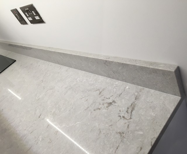 Hammersmith Building In Caesarstone 6131 Bianco Drift