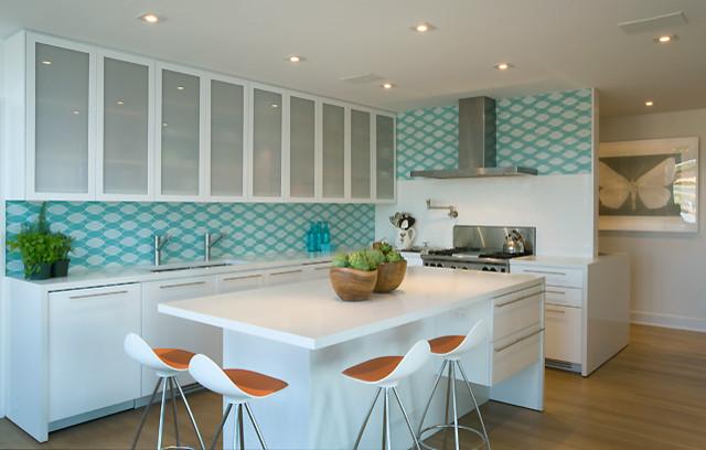 Hampton bays residence for Devonshire home design garden city ny