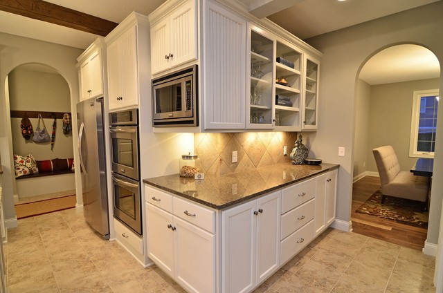 Hampton Hills Model traditional kitchen