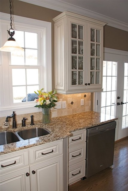 Hampton Linen - Traditional - Kitchen - other metro - by ...