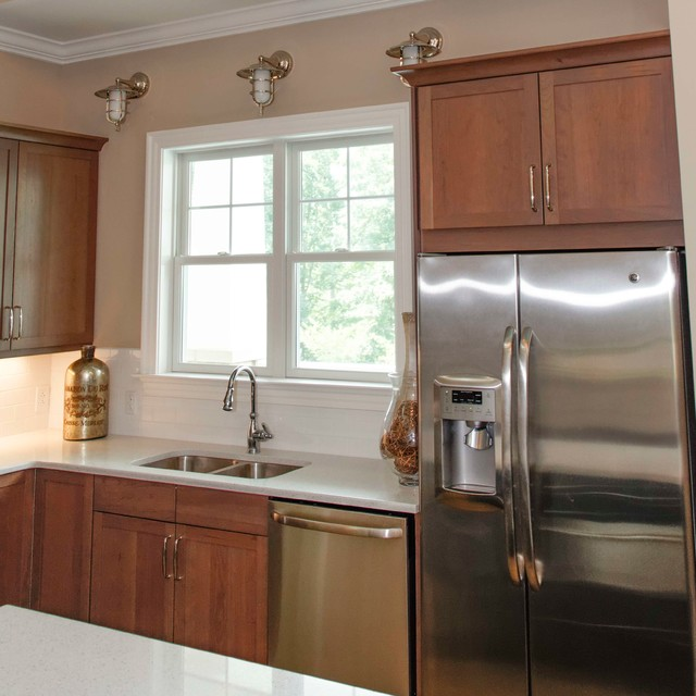 Hampton's Clubhouse traditional-kitchen
