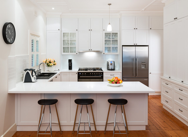 White And Black Traditional Kitchen hamptons kitchen with a black twist - traditional - kitchen