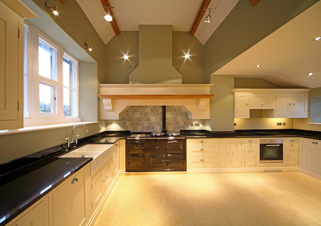 Hand made shaker style painted kitchen traditional for Painted shaker style kitchen cabinets