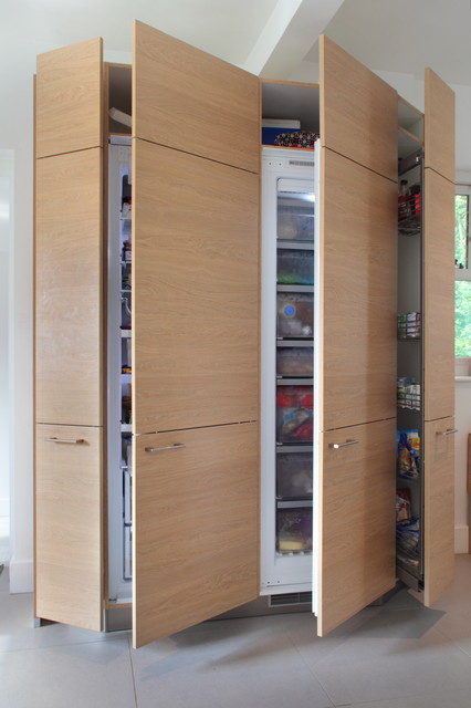 Handled Wood Effect Kitchen with Tall Storage Units - Contemporary ...