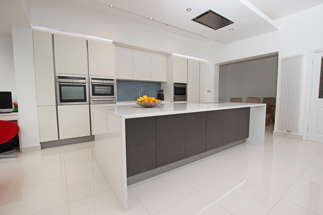 Handleless Kitchen Island Design Contemporary Kitchen