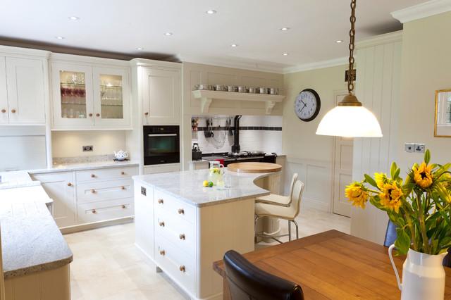 Handmade Bespoke Kitchen Danbury 39 Grove 39 Traditional Kitchen Essex By Baker Baker