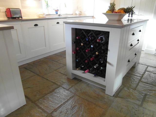 Handmade Kitchen; Made in GB traditional-kitchen