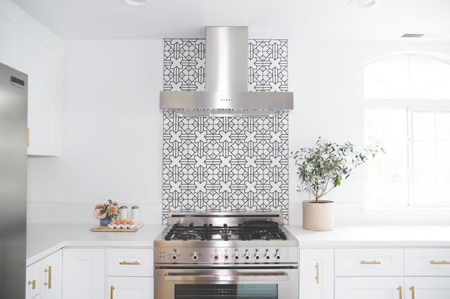 Handpainted Kasbah Trellis Kitchen Backsplash transitional-kitchen