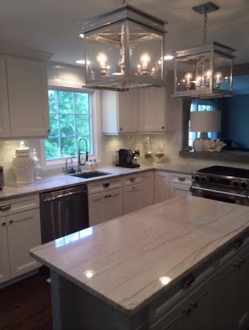 Hanging Lanterns, Kitchen Island, Silver Lights Modern Kitchen