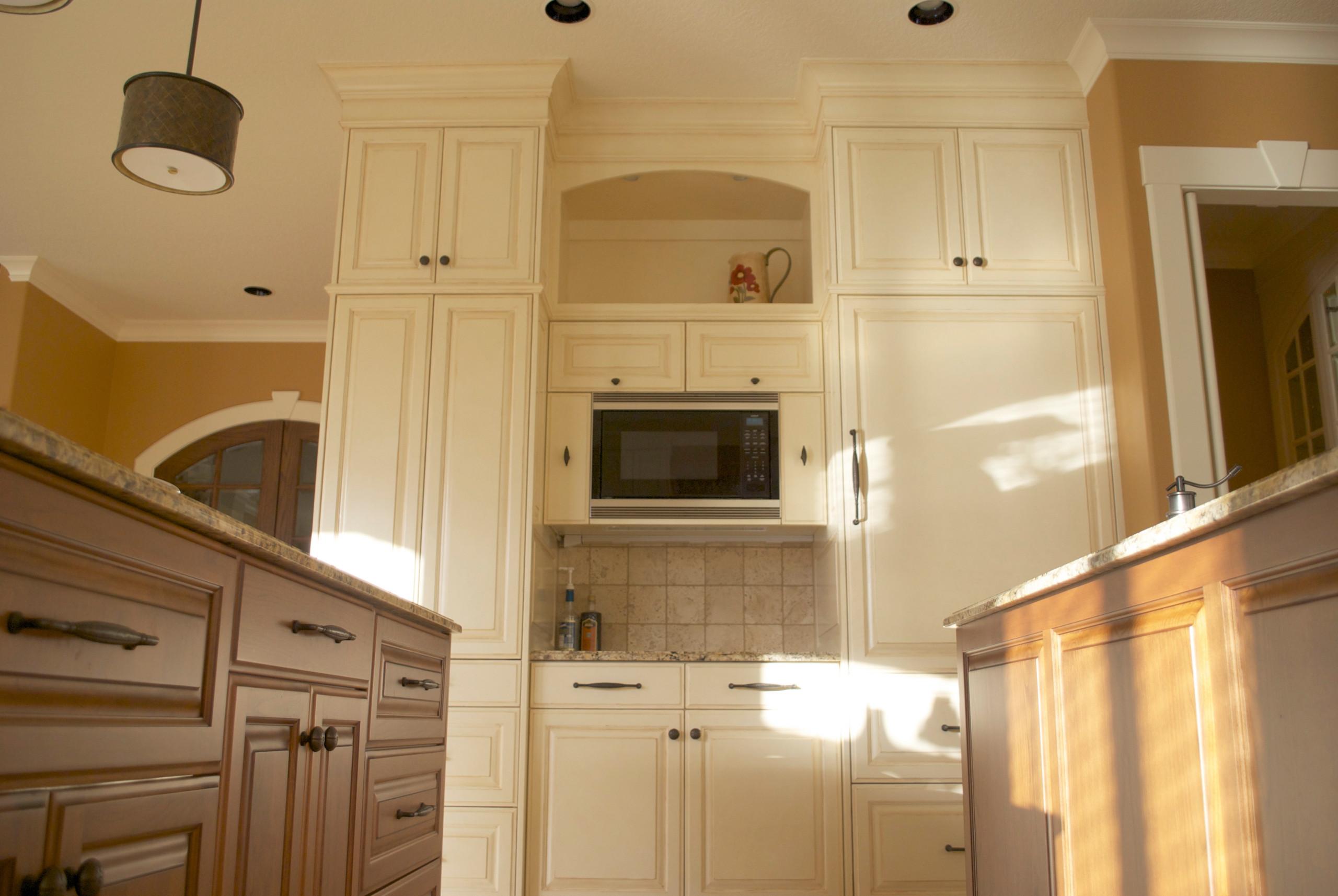 Happy Valley Kitchen/Living Room