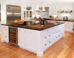 Harding Township Farmhouse traditional-kitchen