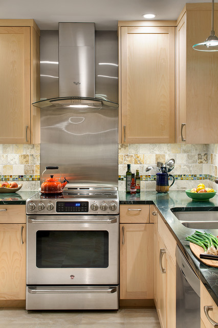 Harmony of Finishes traditional-kitchen