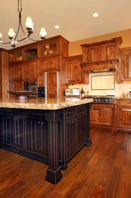 Harrison Idaho rustic-kitchen