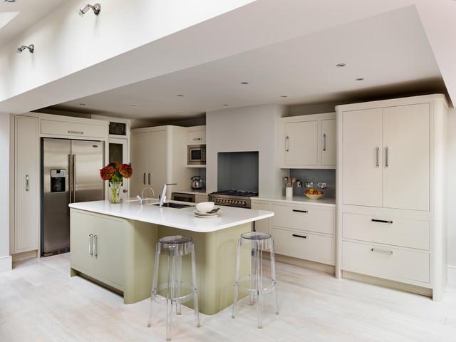 Harvey jones linear kitchens for Linear kitchen design