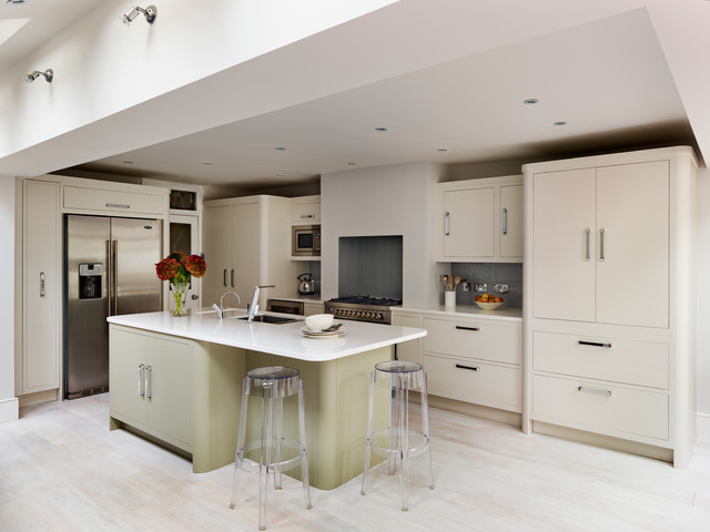Harvey Jones Linear Kitchens